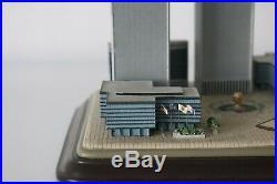 DANBURY MINT TWIN TOWERS World Trade Center COMMEMORATIVE Statue 2001#I4154