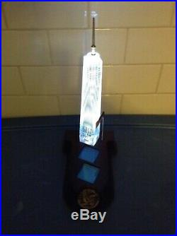 Danbury Mint One World Trade Center / Freedom Lighted Crystal Tower