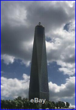 Danbury Mint One World Trade Center NYC Commemorative Statue Freedom Tower WTC