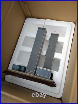 Danbury Mint Twin Towers Commemorative World Trade Center 911 Memorial NYC
