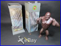 King Kong Against the World 1976 Mego with Box RARE World Trade Center WORKING