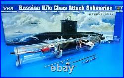RC 1/144 Russian Submarine Kilo Class Model Kit + WTC (WTC assembled)