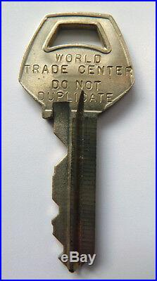 Rare World Trade Center KEY with Twin Towers Scale Model Photo + Extras NEW YORK