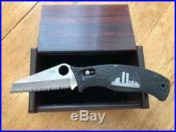 Spyderco Model Cpms30v 1052/2996 Limited Edition Wtc Knife