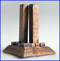 Veritable US Souvenir WTC Statue World Trade Center 1980s